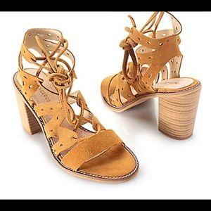 NWT Musse & Cloud Jadanci Sandals